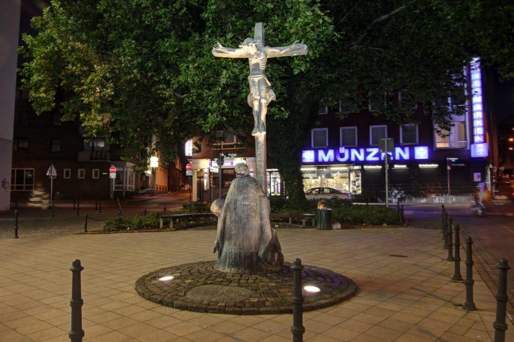 Henger Herjotts Foot, Wirichsbongardstraße