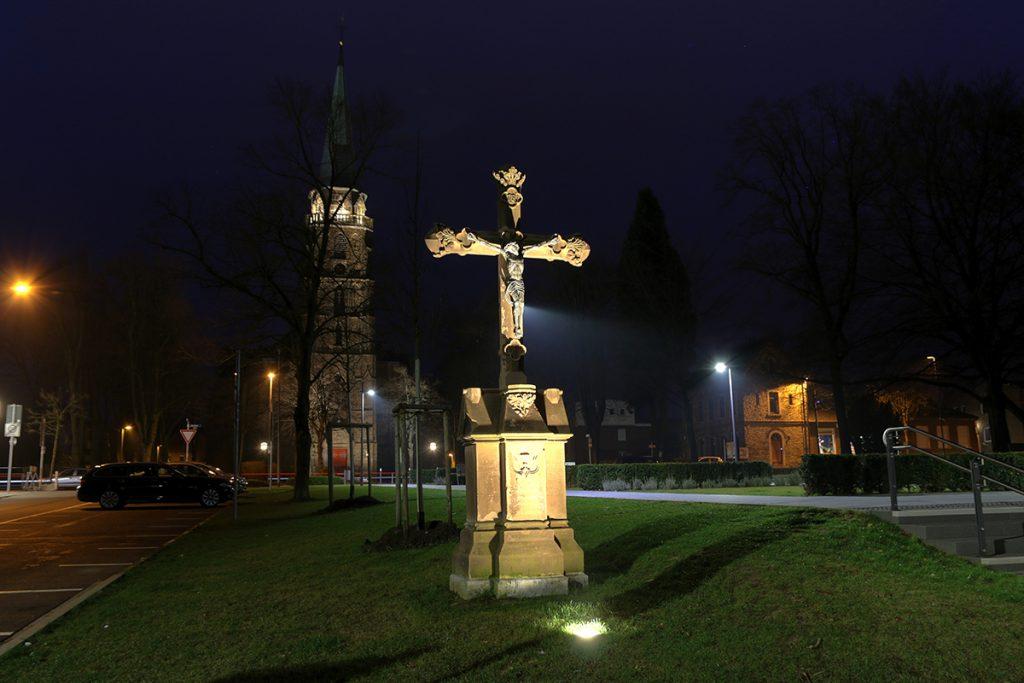 Brander Kreuz, Marktplatz